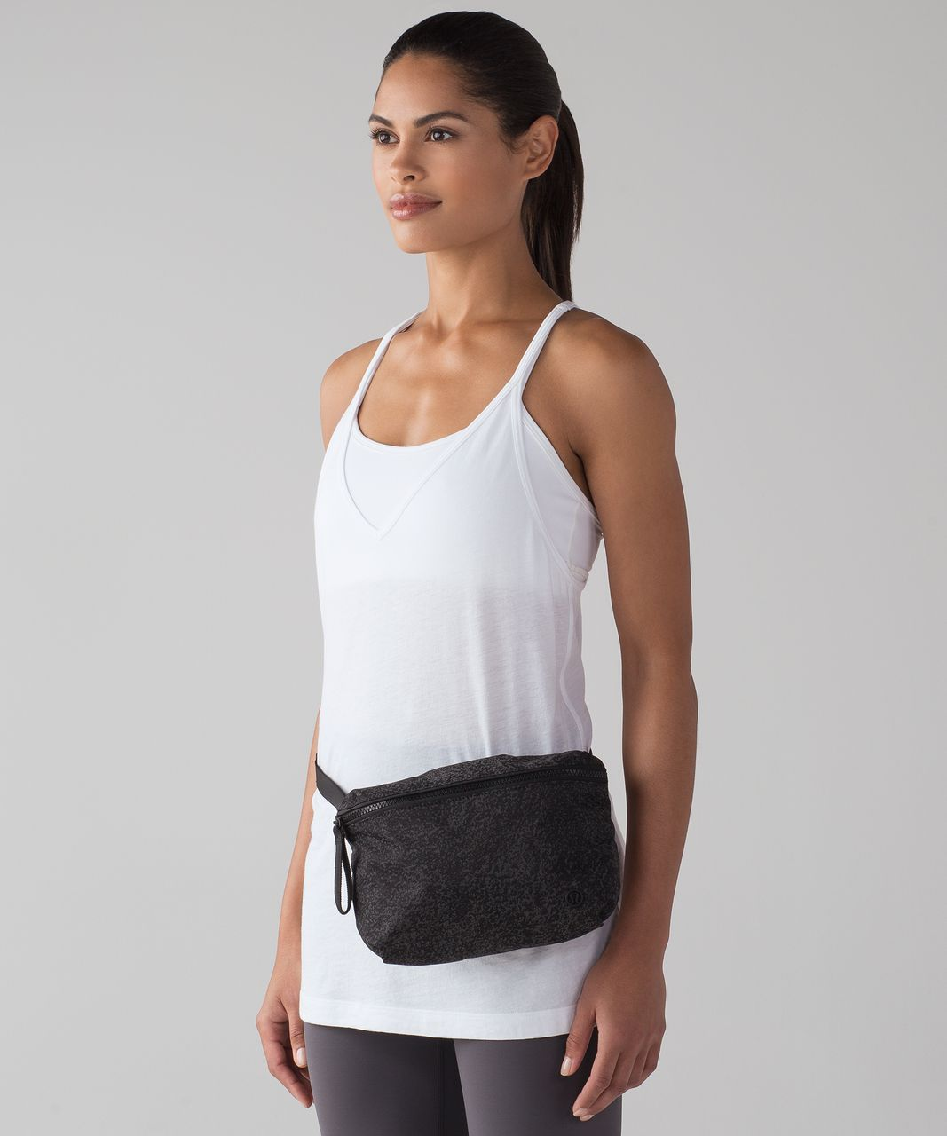 Lululemon Go Lightly Belt Bag Reflective Glo Wild Black