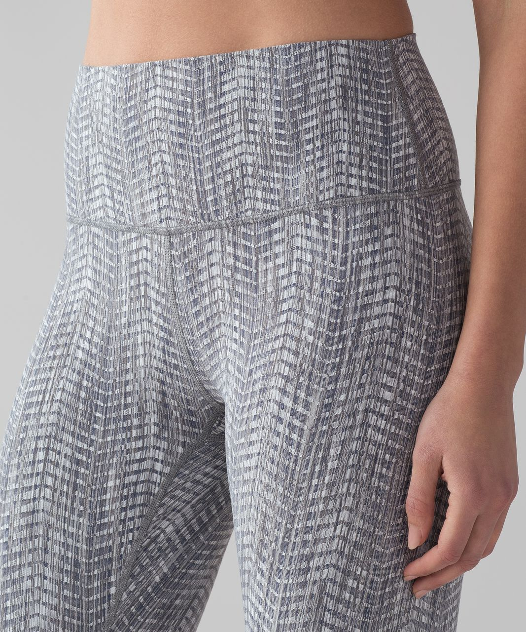 "Lululemon Wunder Under Crop (Hi-Rise) *21"" - Luon Arrow Jacquard Battleship Silver Spoon"