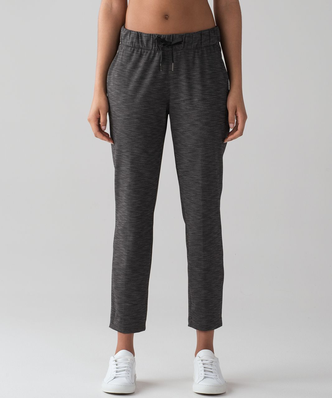 """Lululemon On The Fly Pant (28"""") - Heathered Black (First"""
