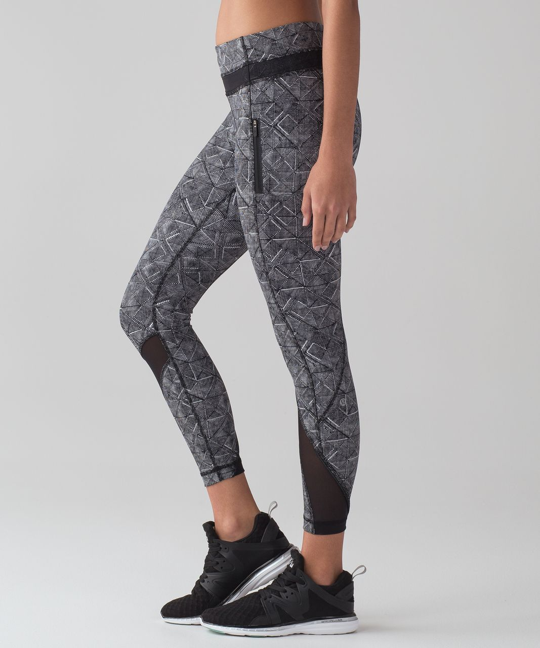 0850fcaee1 Lululemon Inspire Tight II (25