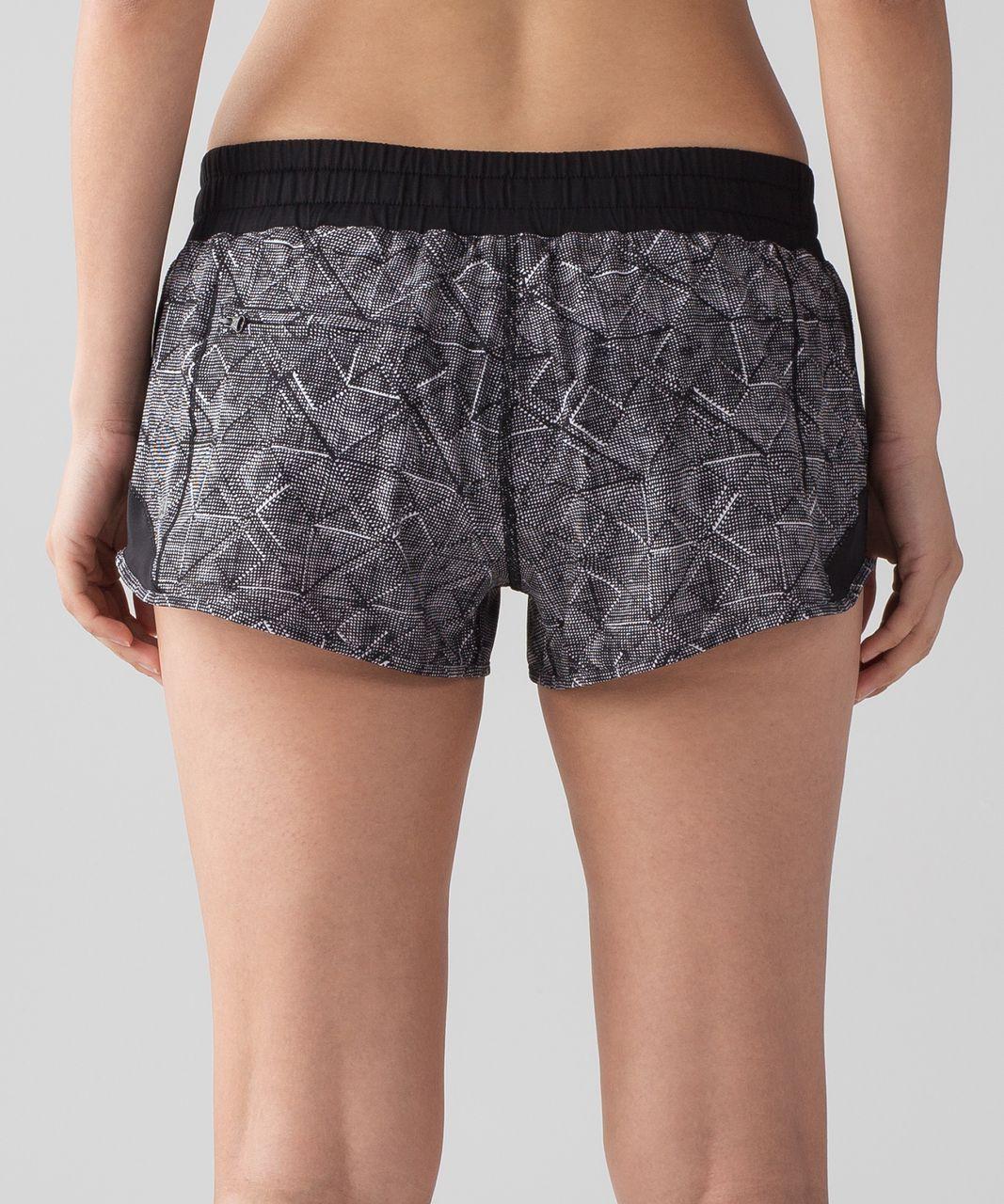 "Lululemon Hotty Hot Short (2.5"" ) - Formation Alpine White Black / Black"
