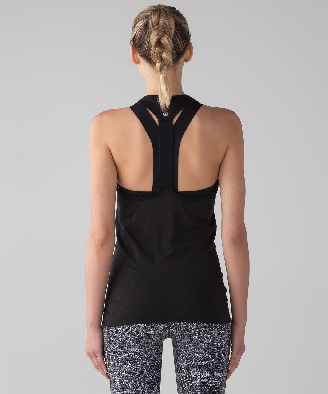 12cd68524ae55 Lululemon Swiftly Tech T-Back - Black   Black - lulu fanatics
