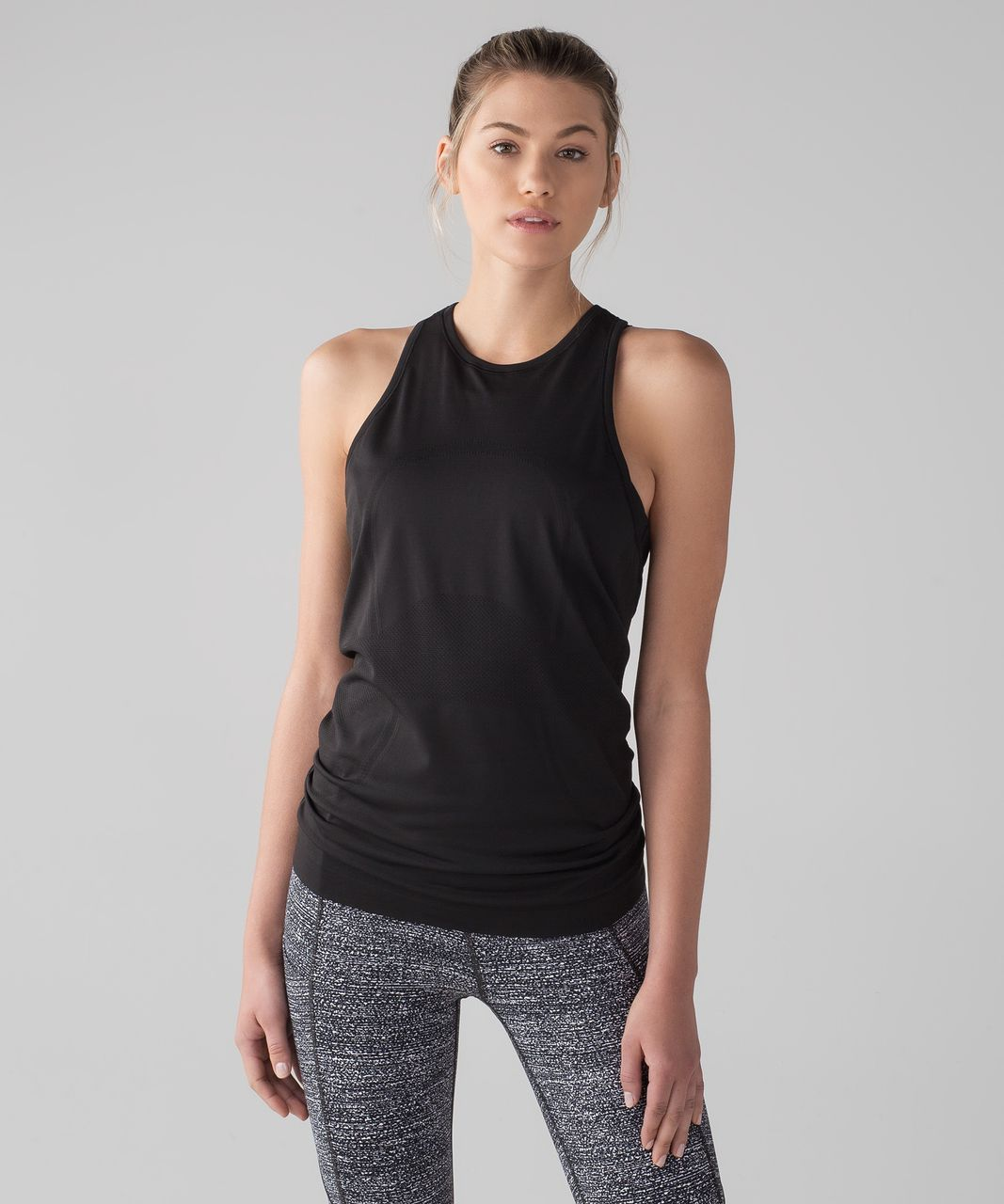 4b98403317b31 Lululemon Swiftly Tech T-Back - Black   Black - lulu fanatics
