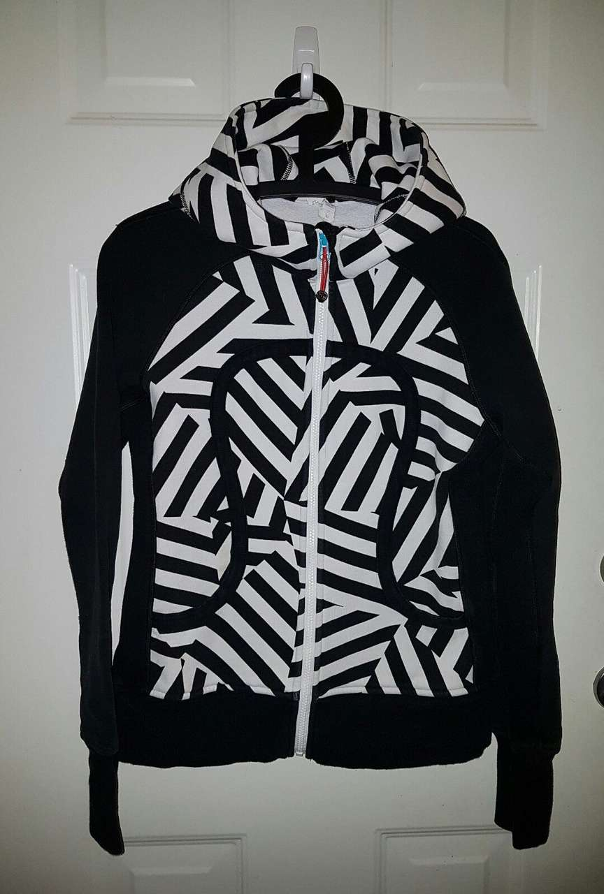 Lululemon Scuba Hoodie II - 2014 Seawheeze - Which Way Sway/Black