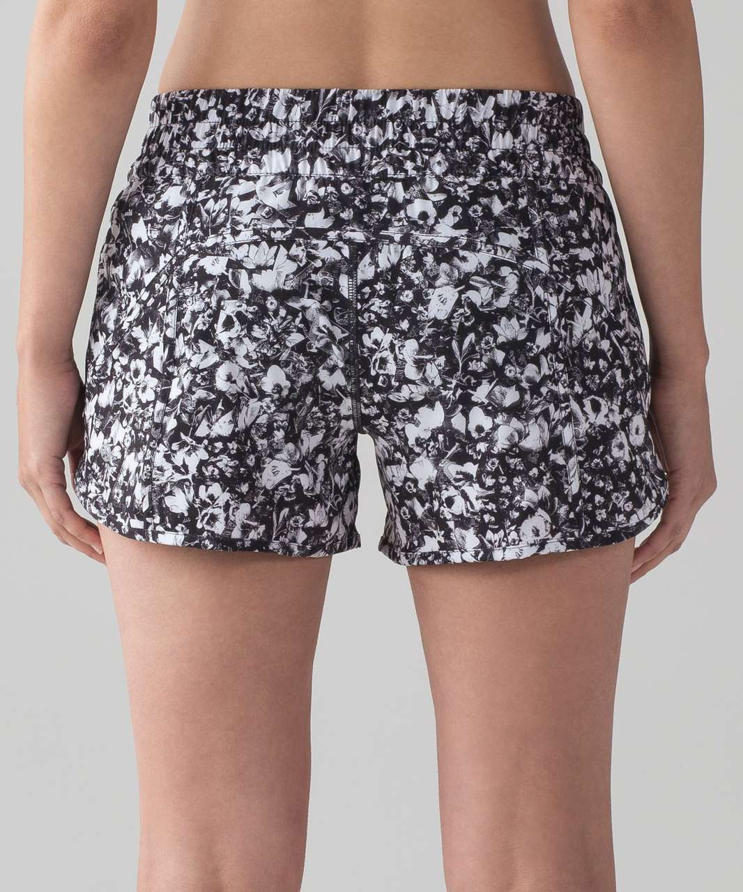 "Lululemon Tracker Short V (4"") - Mash Up White Black / Black"