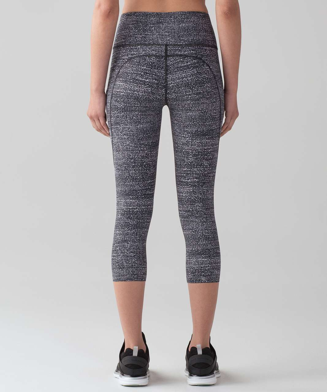 "Lululemon Fast & Free Crop II (Nulux 19"""") - Salt Alpine White Black"