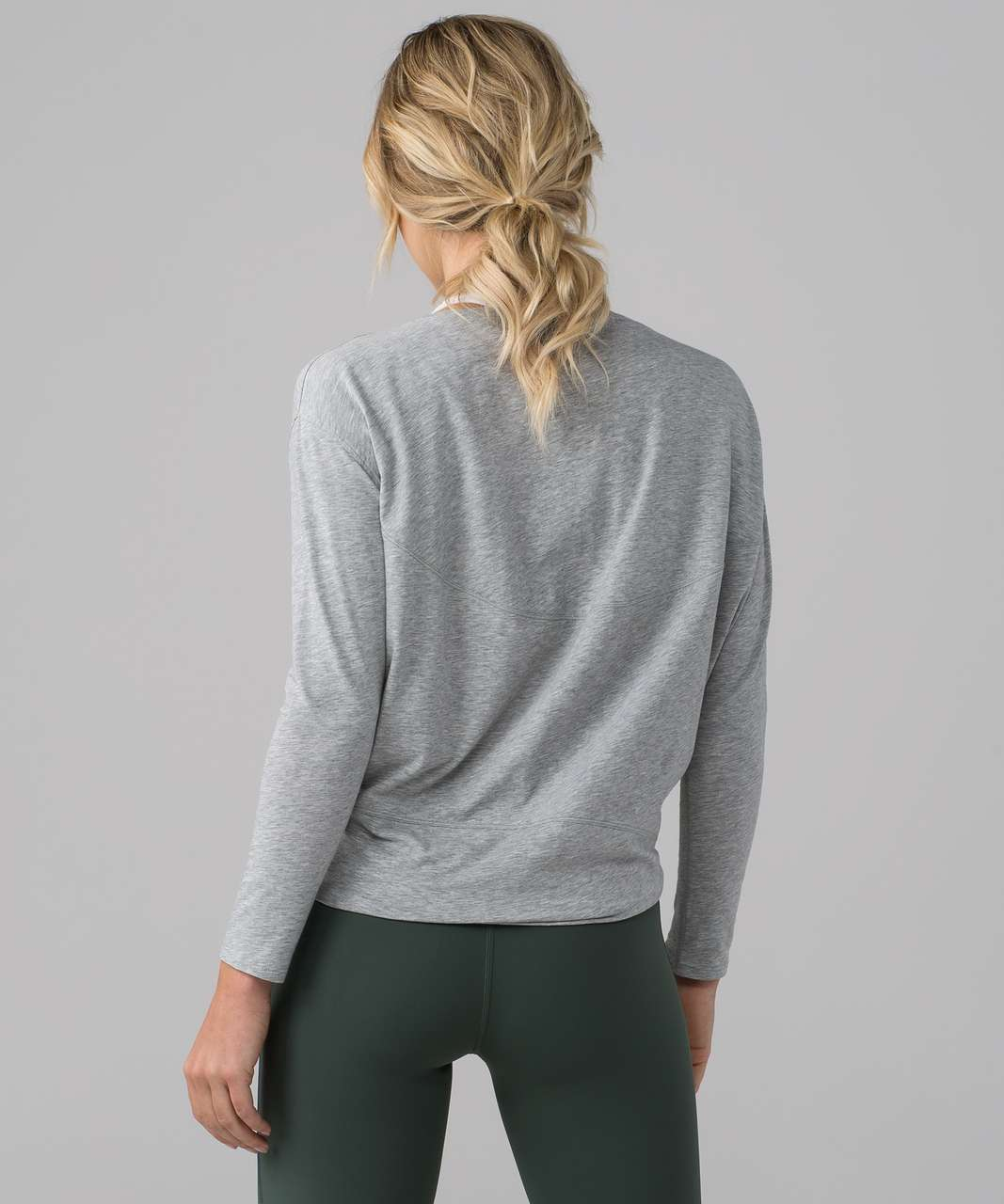 Lululemon Back In Action Long Sleeve - Heathered Core Light Grey