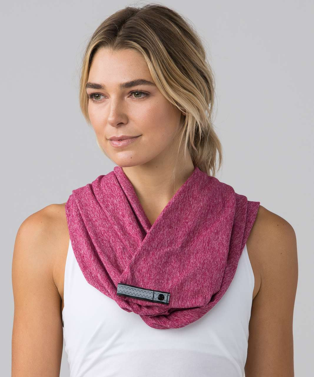 Lululemon Vinyasa Scarf (Rulu) - Heathered Berry Rumble