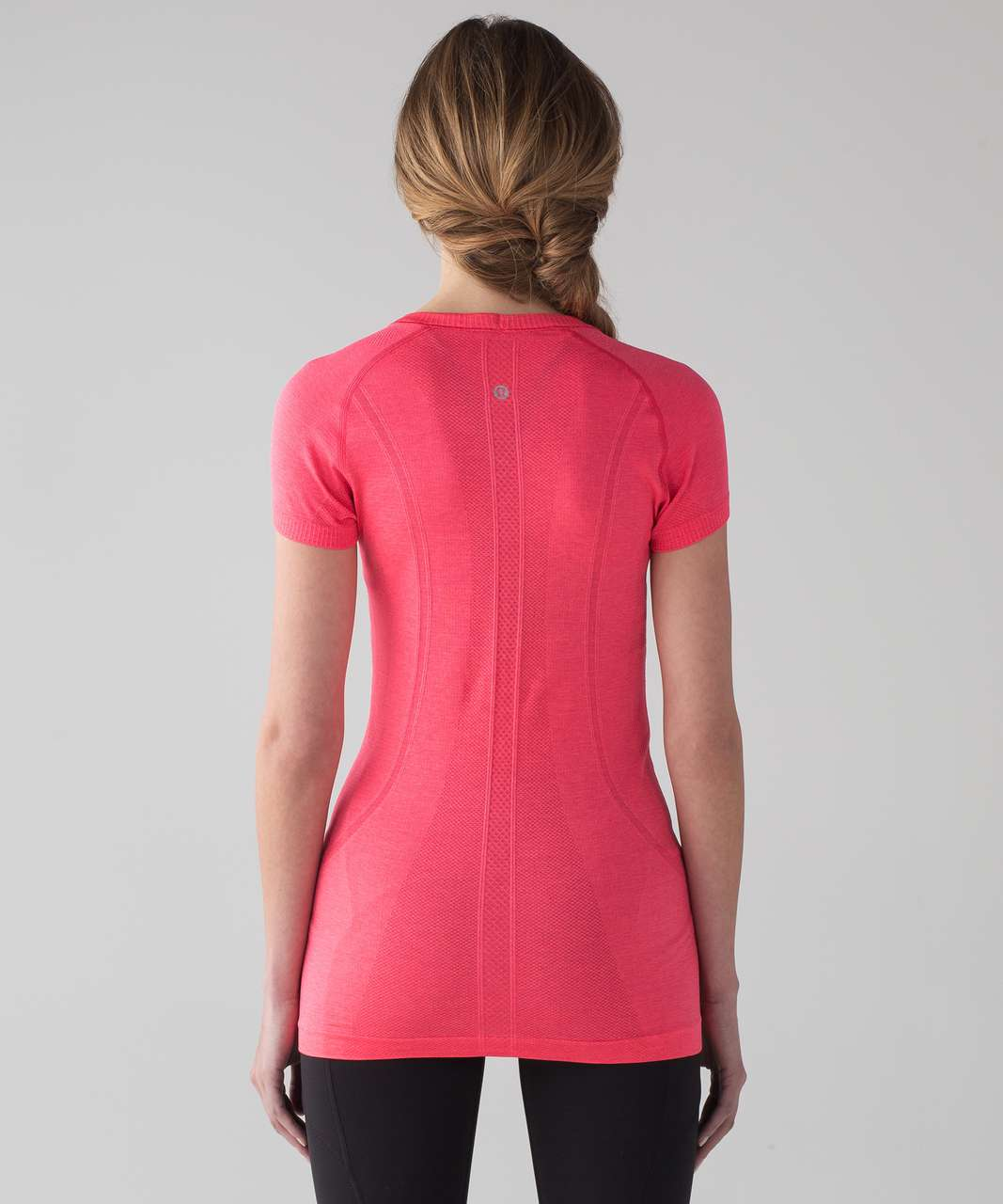 Lululemon Swiftly Tech Short Sleeve Crew - Lip Gloss / Lip Gloss