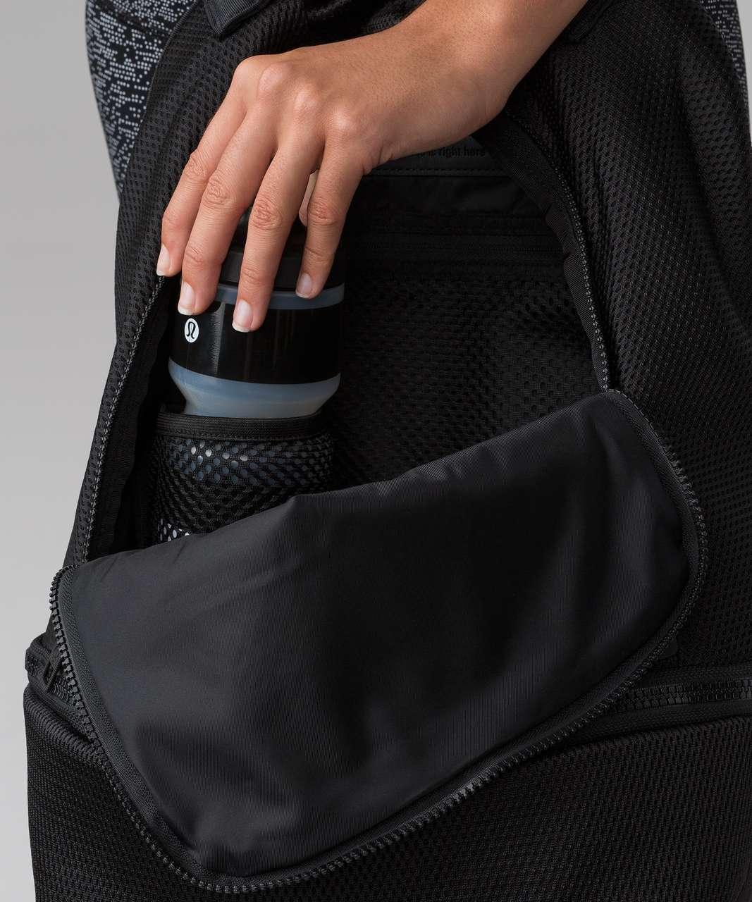 Lululemon City Adventurer Backpack (Mesh) (21L) - Black
