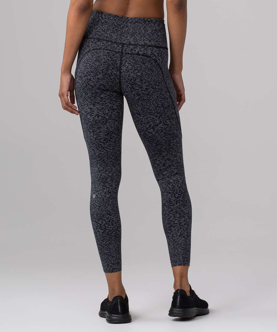 "Lululemon Fast & Free 7/8 Tight II *Nulux 25"" - Soundwave Alpine White Black"