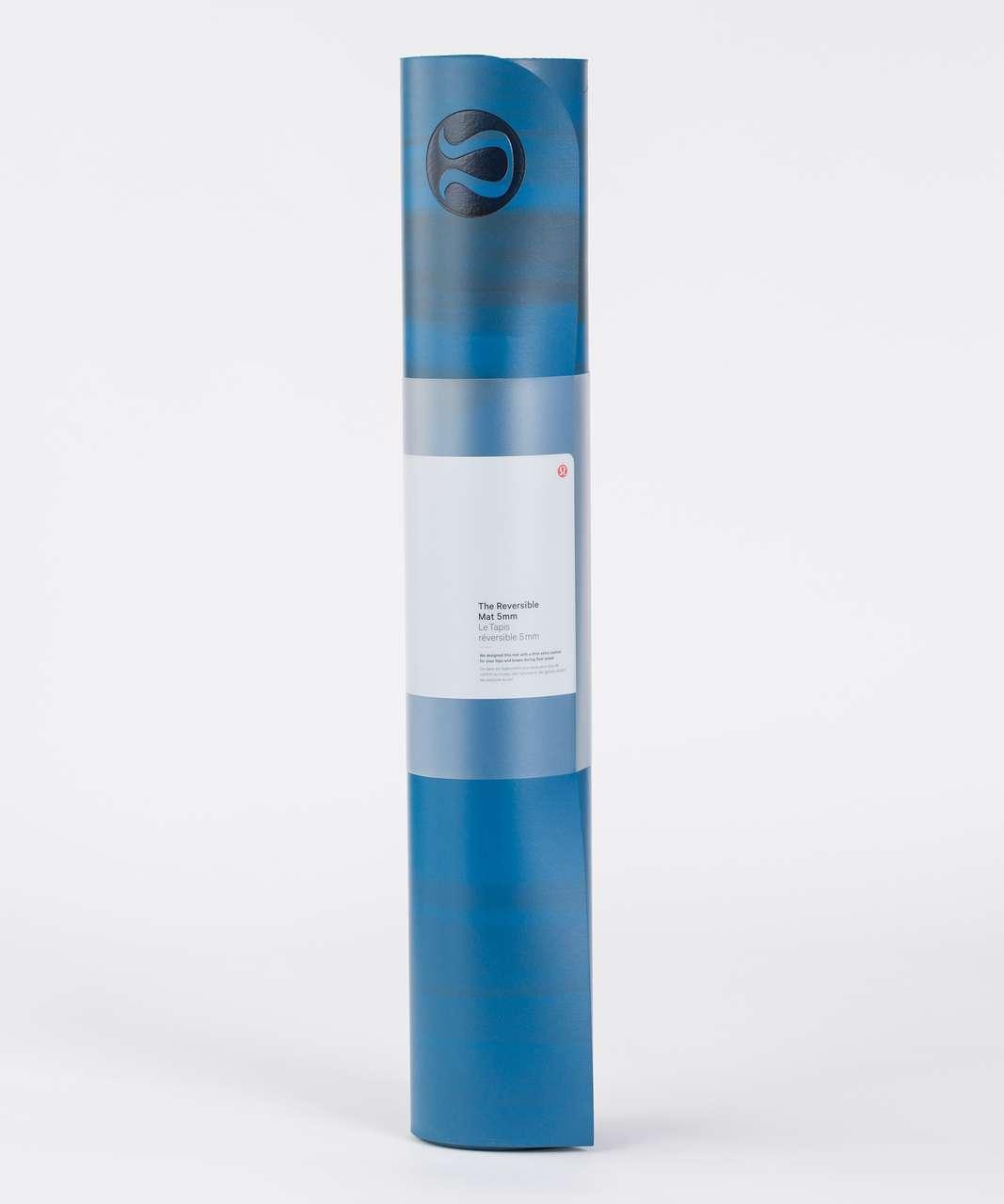 Lululemon The Reversible Mat 5mm - Whirlpool / Jaded / Alberta Lake