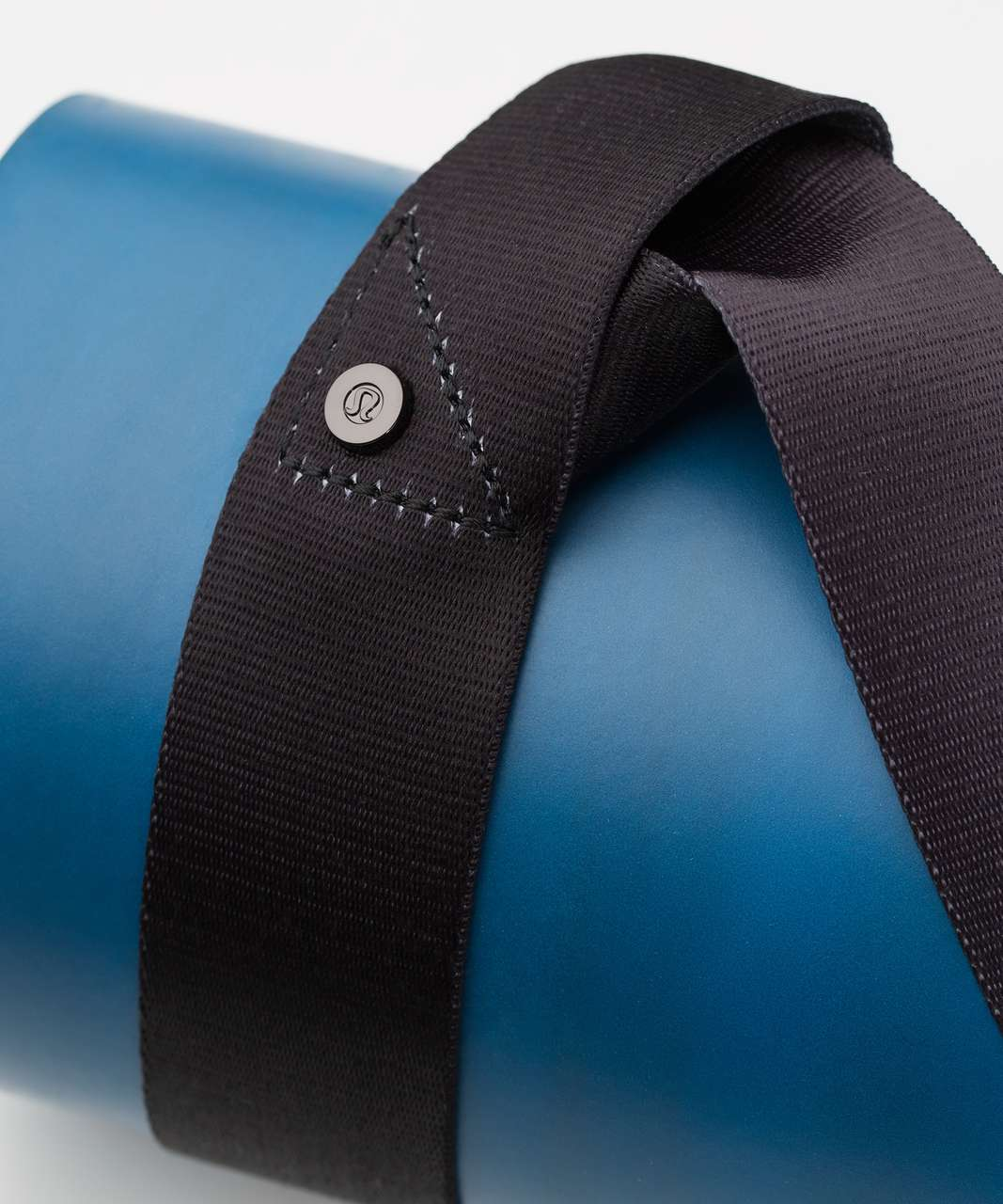Lululemon Loop It Up Mat Strap - Hail / Black
