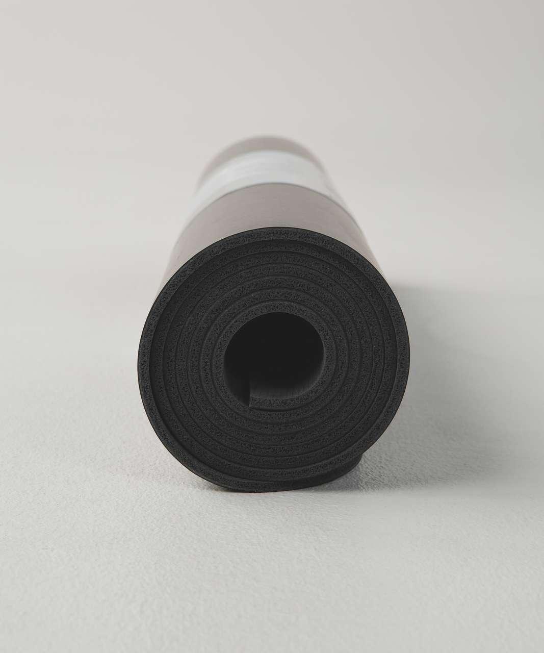 Lululemon The Reversible Mat 5mm (This Is Yoga) - Black
