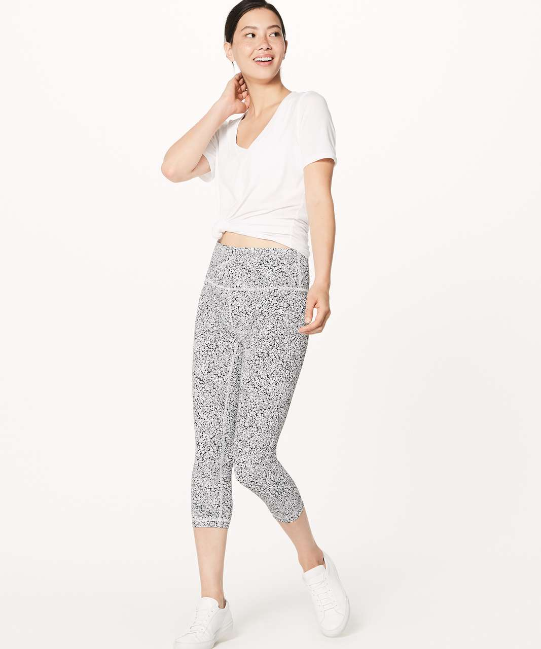 "Lululemon Wunder Under Crop (Hi-Rise) (Full-On Luxtreme 21"") - Ditsy Daisy White Black"