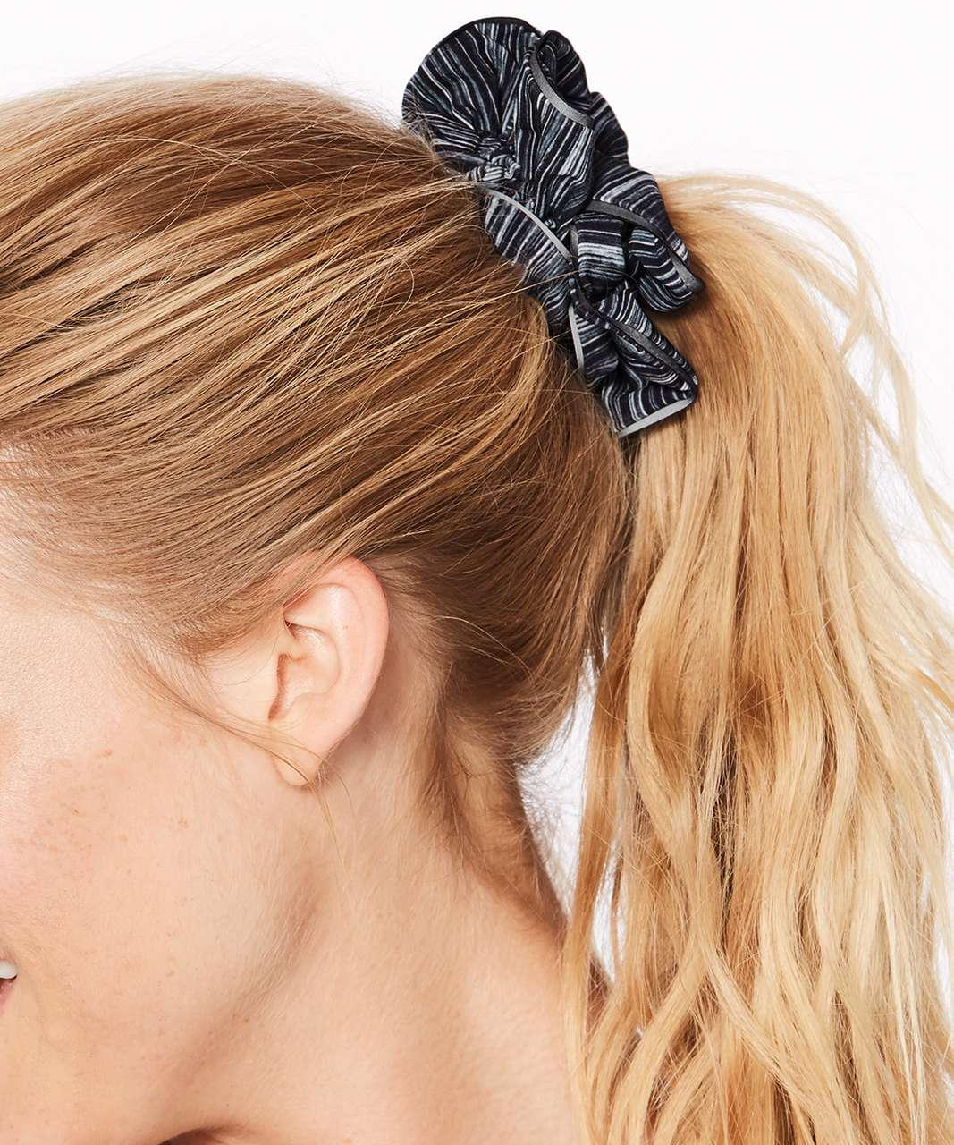 Lululemon Light Locks Scrunchie - Low Tide Alpine White Black