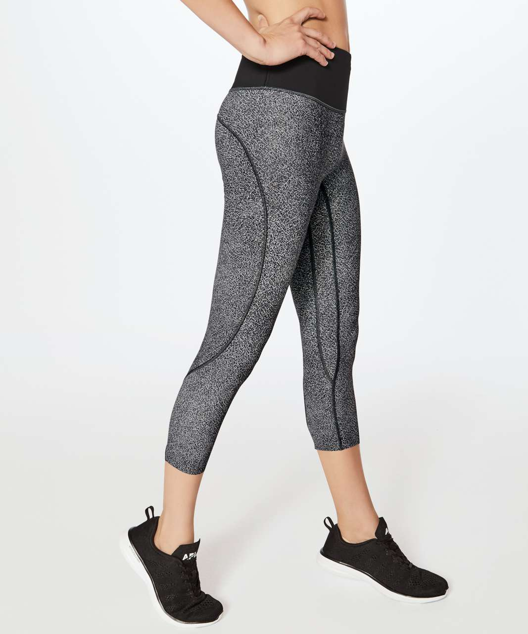 1fe03cde21 Lululemon Run The Day Crop  23