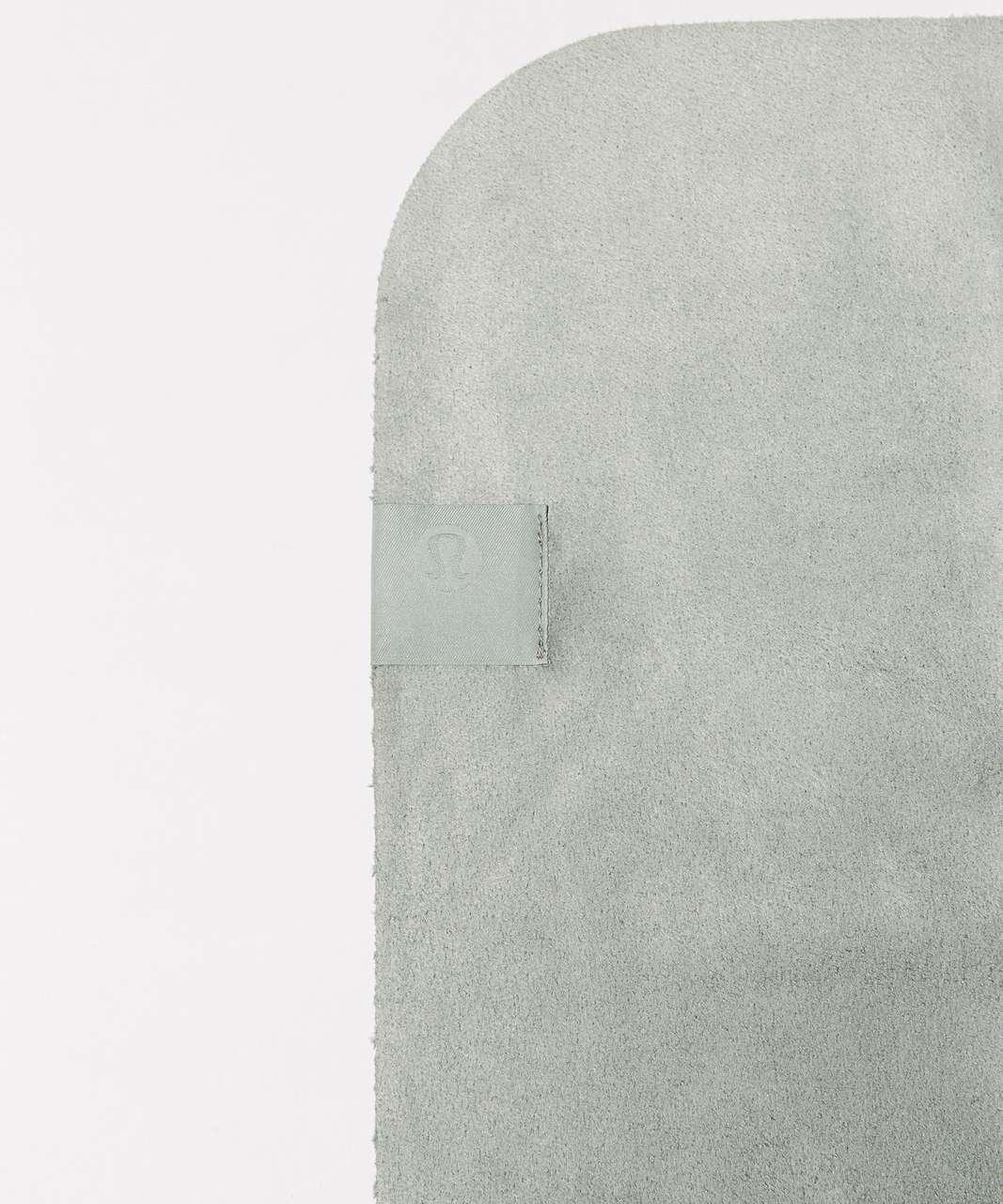Lululemon The (Small) Towel (Taryn Toomey Collection) - Taryn Toomey Towel Misty Moss Earl Grey