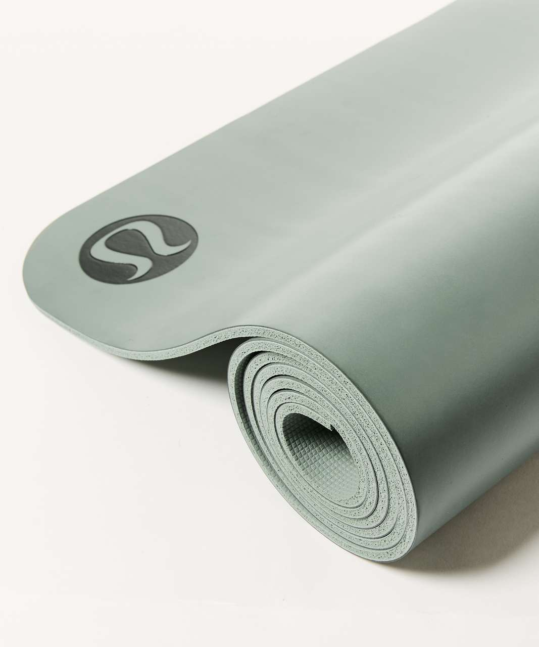 Lululemon The Reversible Mat 5mm (Taryn Toomey Collection) - Earl Grey / Misty Moss