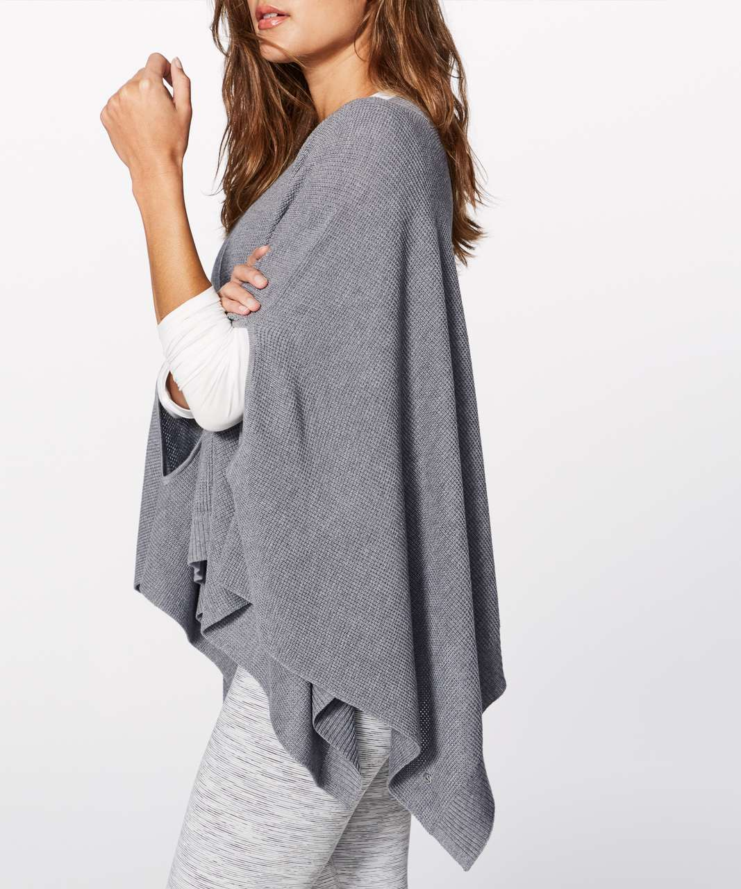Lululemon Forward Flow Cape - Heathered Medium Grey
