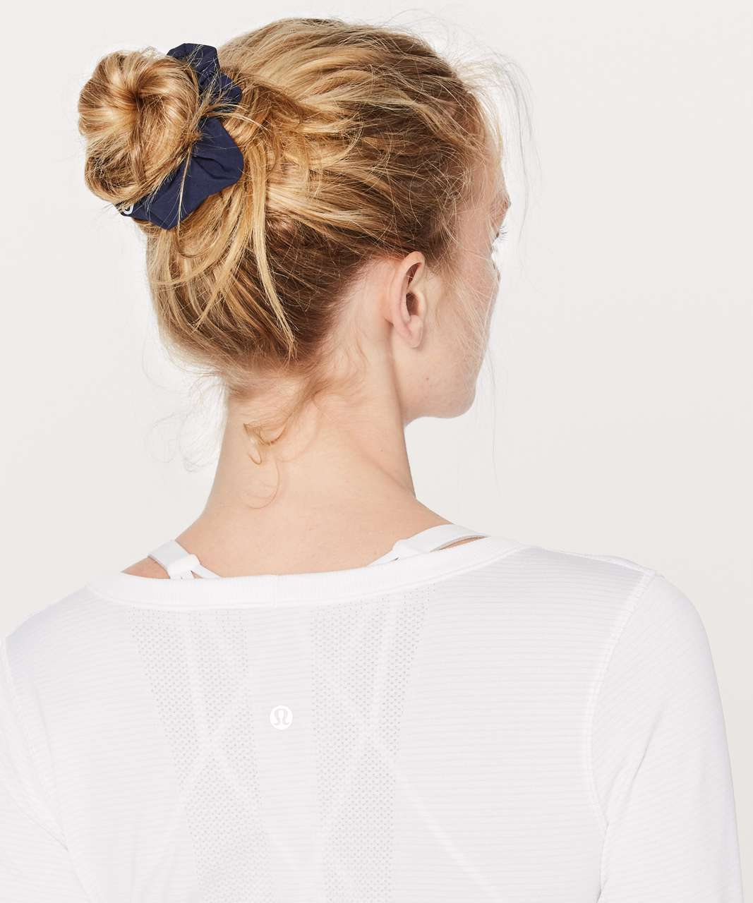 Lululemon Uplifting Scrunchie - Deep Navy