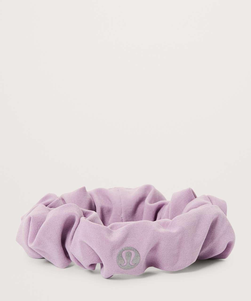 Lululemon Uplifting Scrunchie - Lilac Quartz