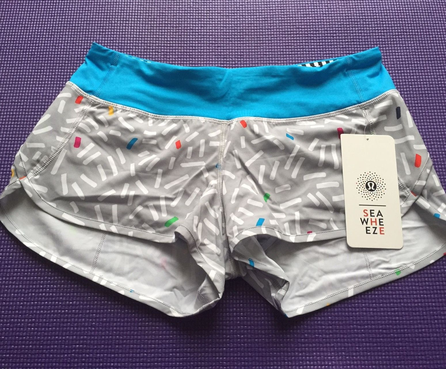 Lululemon Speed Short - 2015 Seawheeze - Grey with White and Colored Squiggles