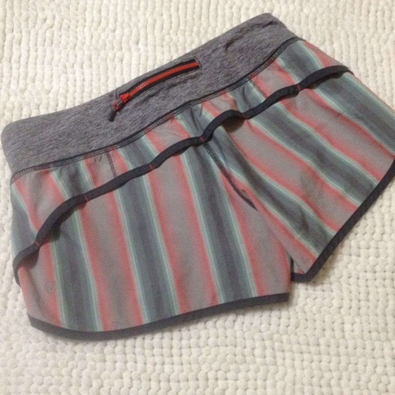 Lululemon Speed Short - Alarming Ombre Vertical Stripe/Coal