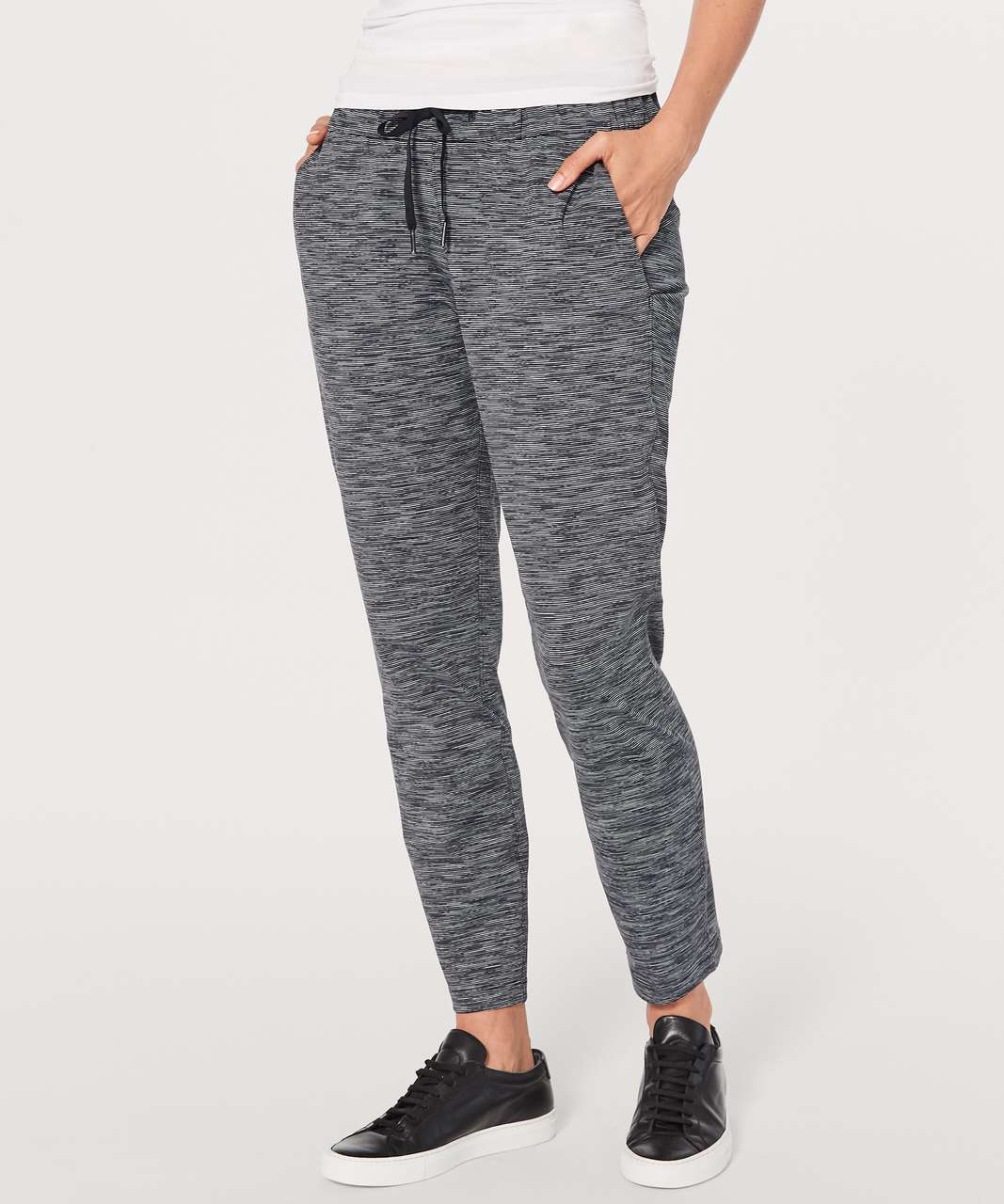 f4354fabc Lululemon On The Fly Pant  28