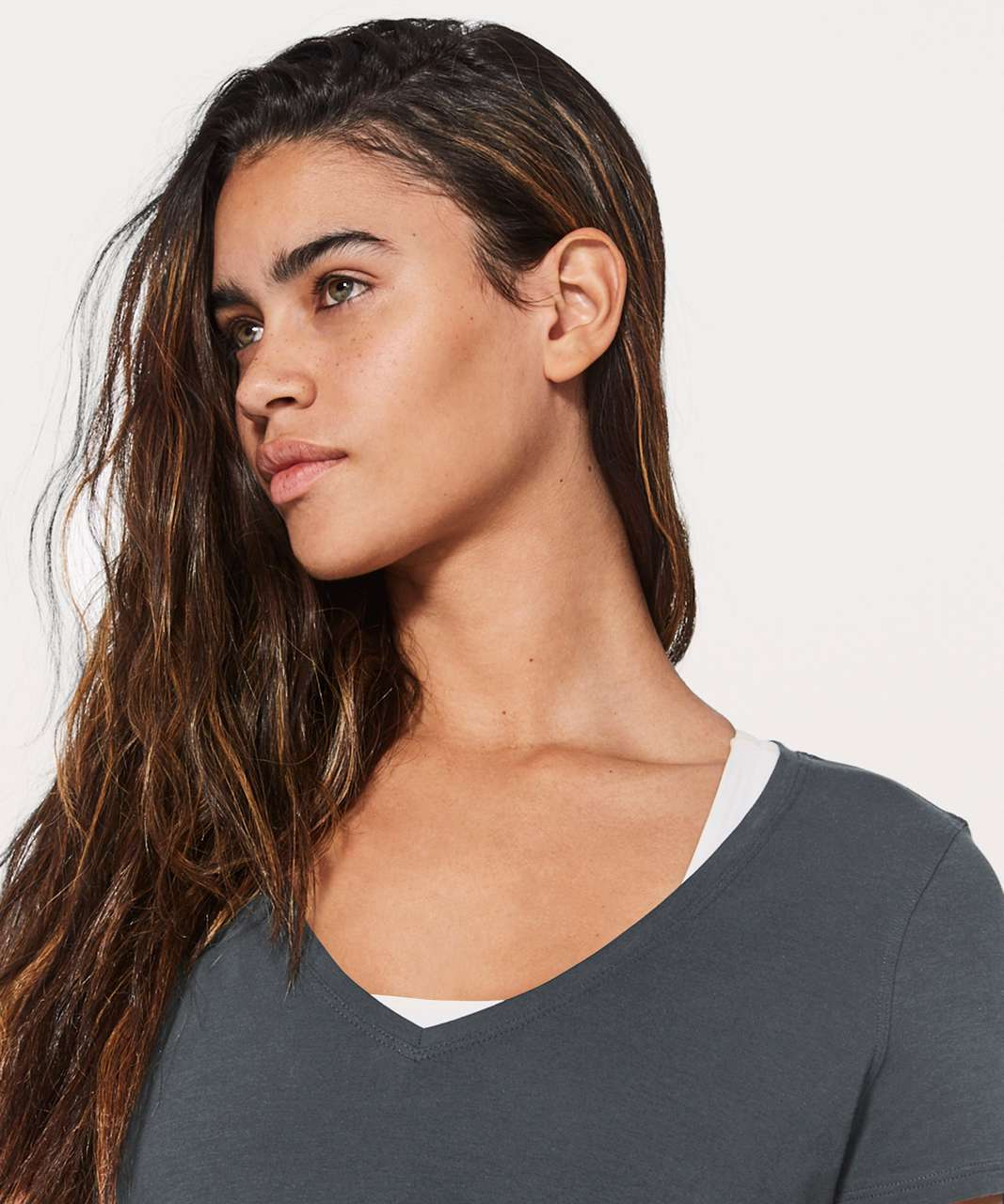 Lululemon Love Tee V - Melanite