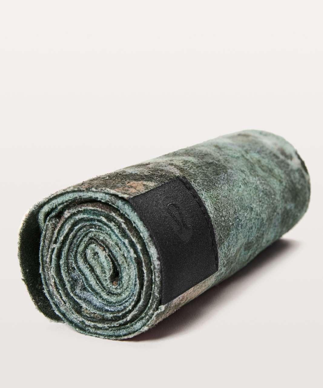 Lululemon The (Small) Towel - Radiant Multi / Black