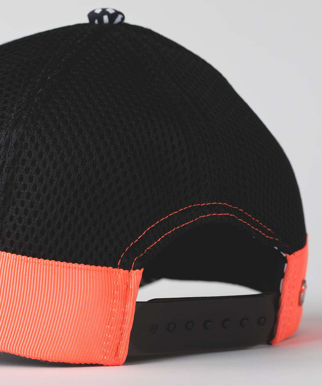Lululemon Dash & Splash Cap - Black / Miss Mosaic Black