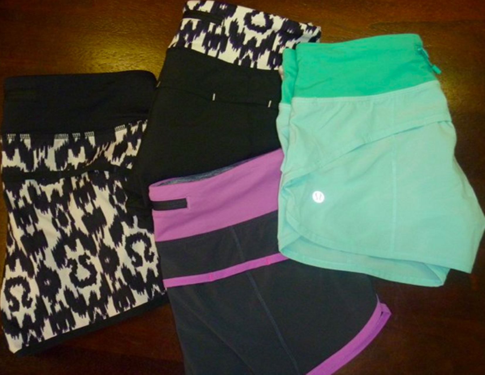 Lululemon Speed Short - Coal Purple Crush