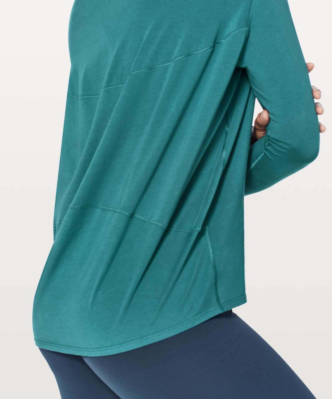 Lululemon Back In Action Long Sleeve - Desert Teal