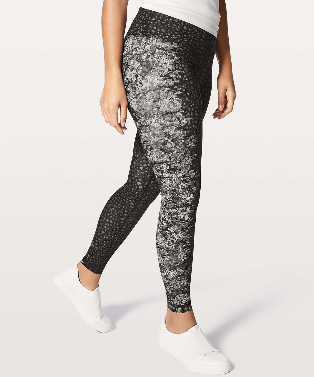 3ceaf7122b Lululemon Wunder Under Hi-Rise Tight 28