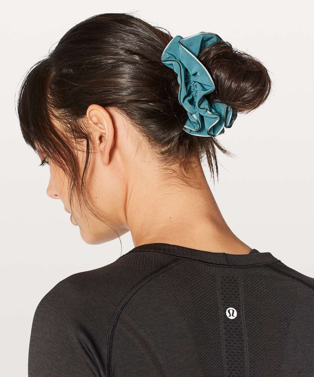 Lululemon Light Locks Scrunchie - Persian Blue