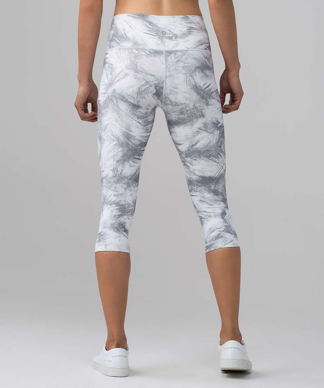 Lululemon Wunder Under 1/2 Tight (High Rise) *Fullux - Breeze By White Light Cast