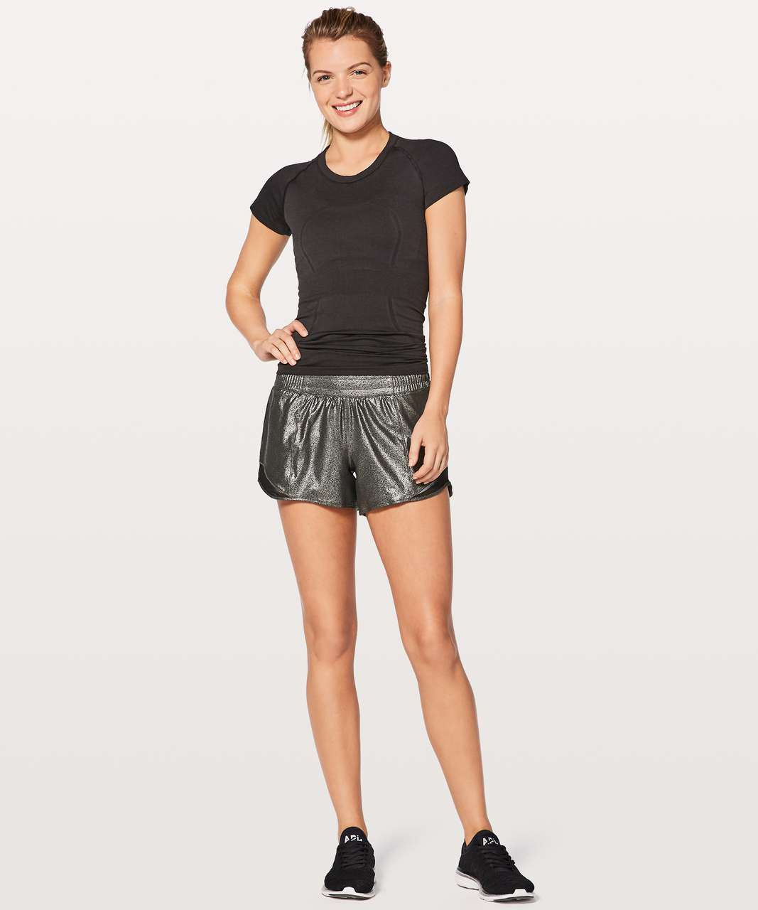 "Lululemon Hotty Hot Short II *Long 4"" - Luminosity Foil Print Black Silver / Black"