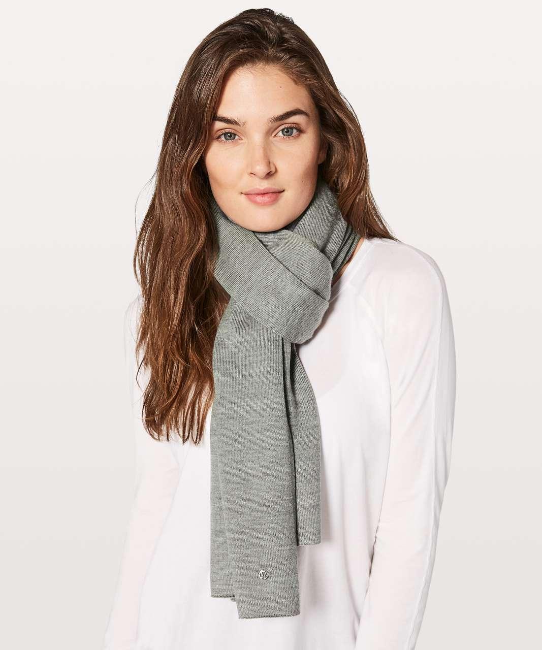 Lululemon Cozy Up Scarf - Heathered Core Medium Grey