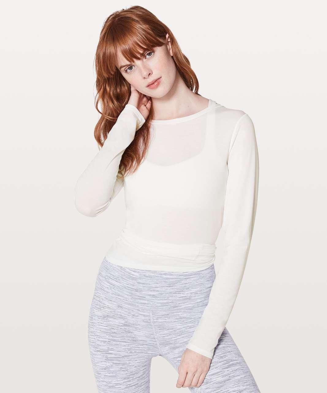 Lululemon Tied To It Wrap - Heathered White