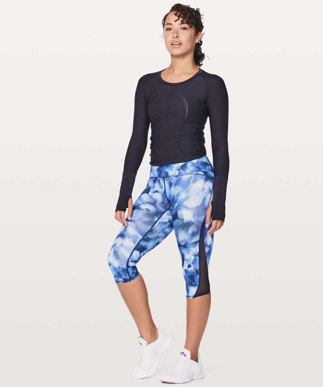 "Lululemon Train Times Crop 17"" - Mini Blush Blossom Alpine White Midnight Navy / Midnight Navy"