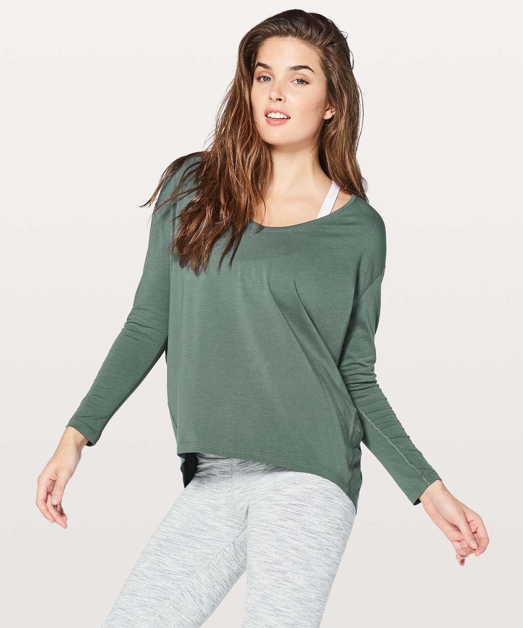 Lululemon Back In Action Long Sleeve V - Graphite Green