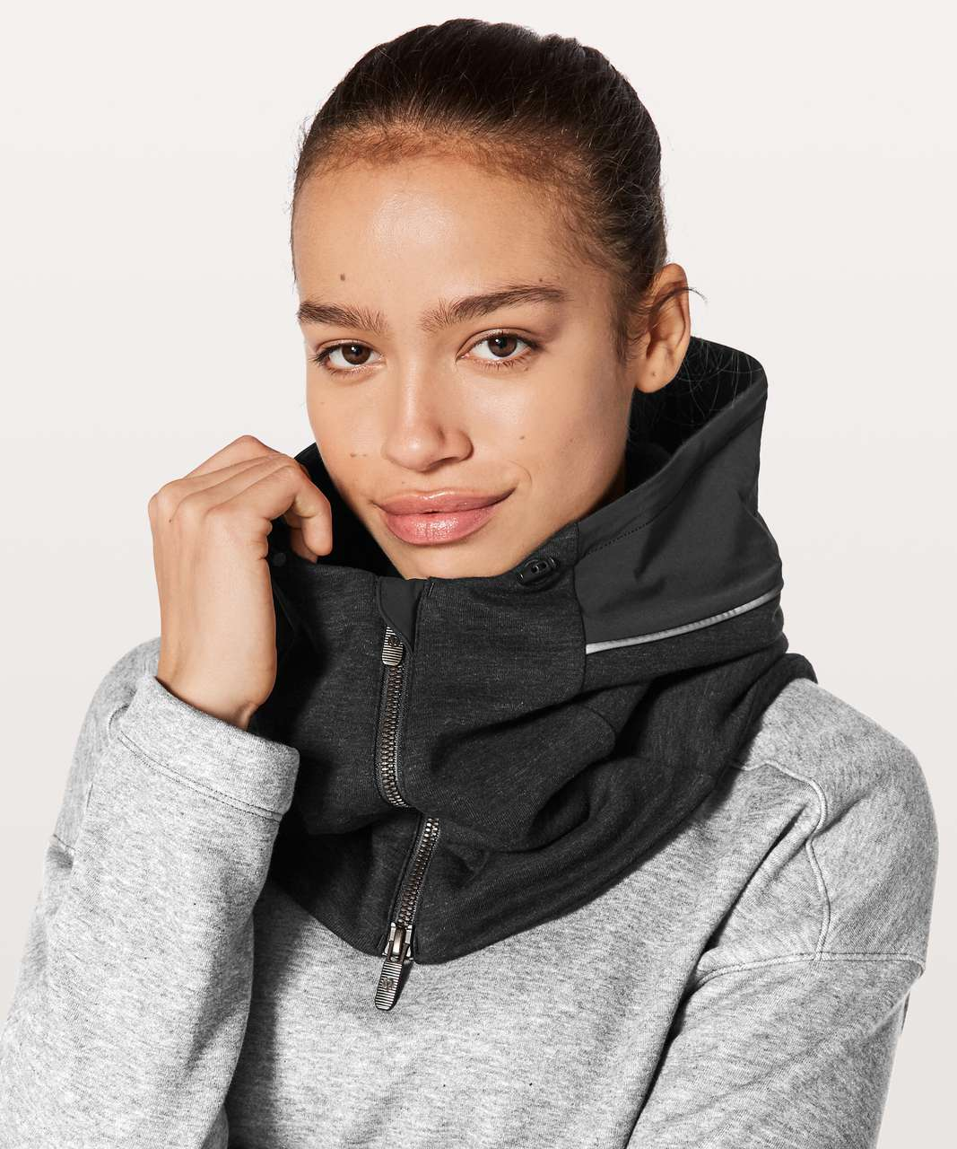Lululemon Burrow In Snood - Heathered Core Black