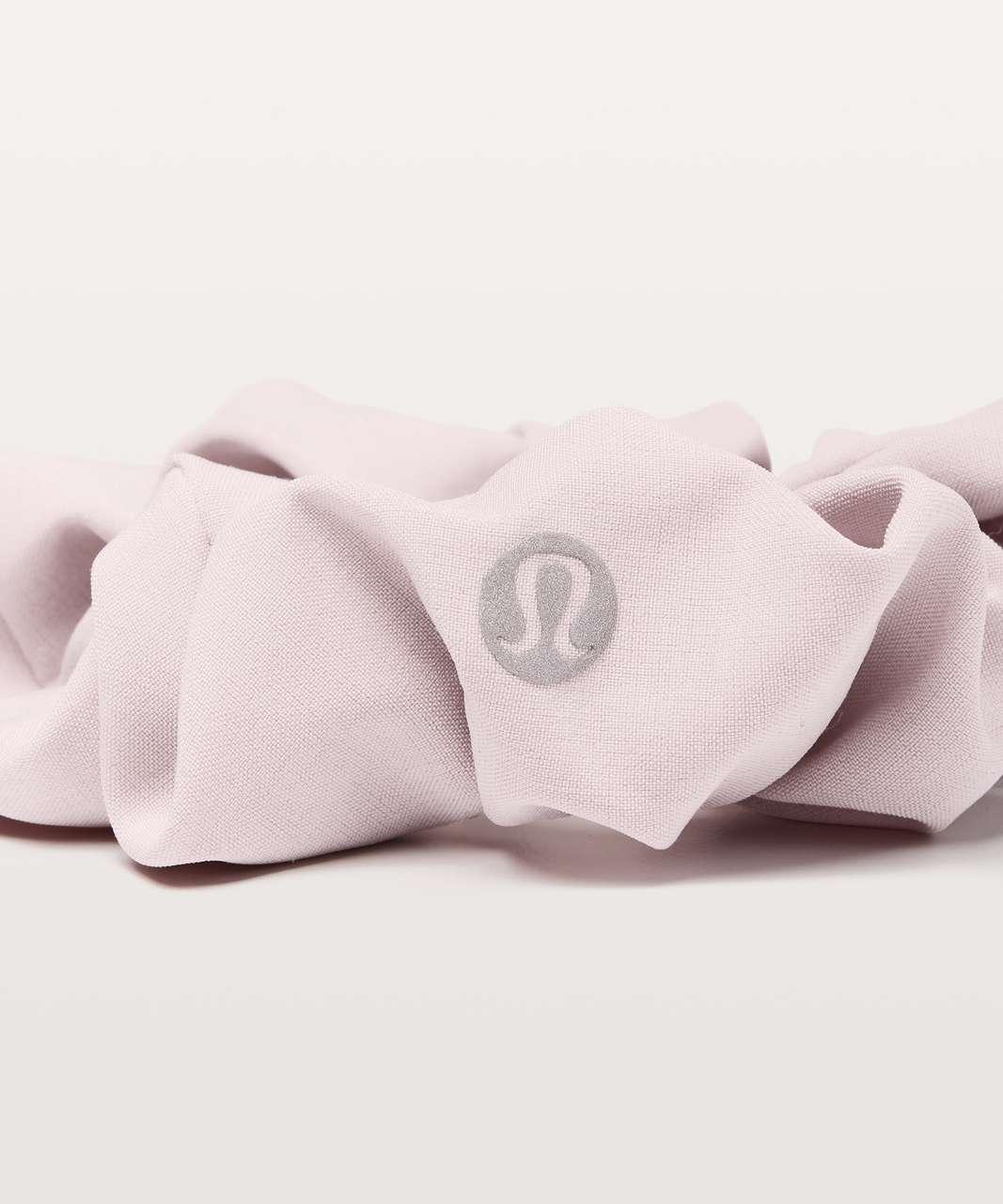 Lululemon Uplifting Scrunchie - Porcelain Pink
