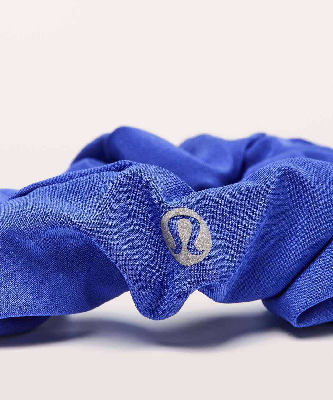 Lululemon Uplifting Scrunchie - Moroccan Blue