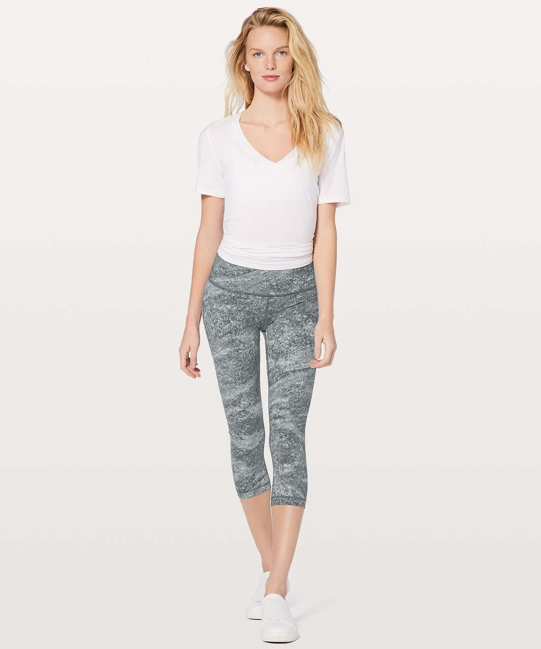 "Lululemon Wunder Under Crop (Hi-Rise) 21"" - Area Ice Grey"