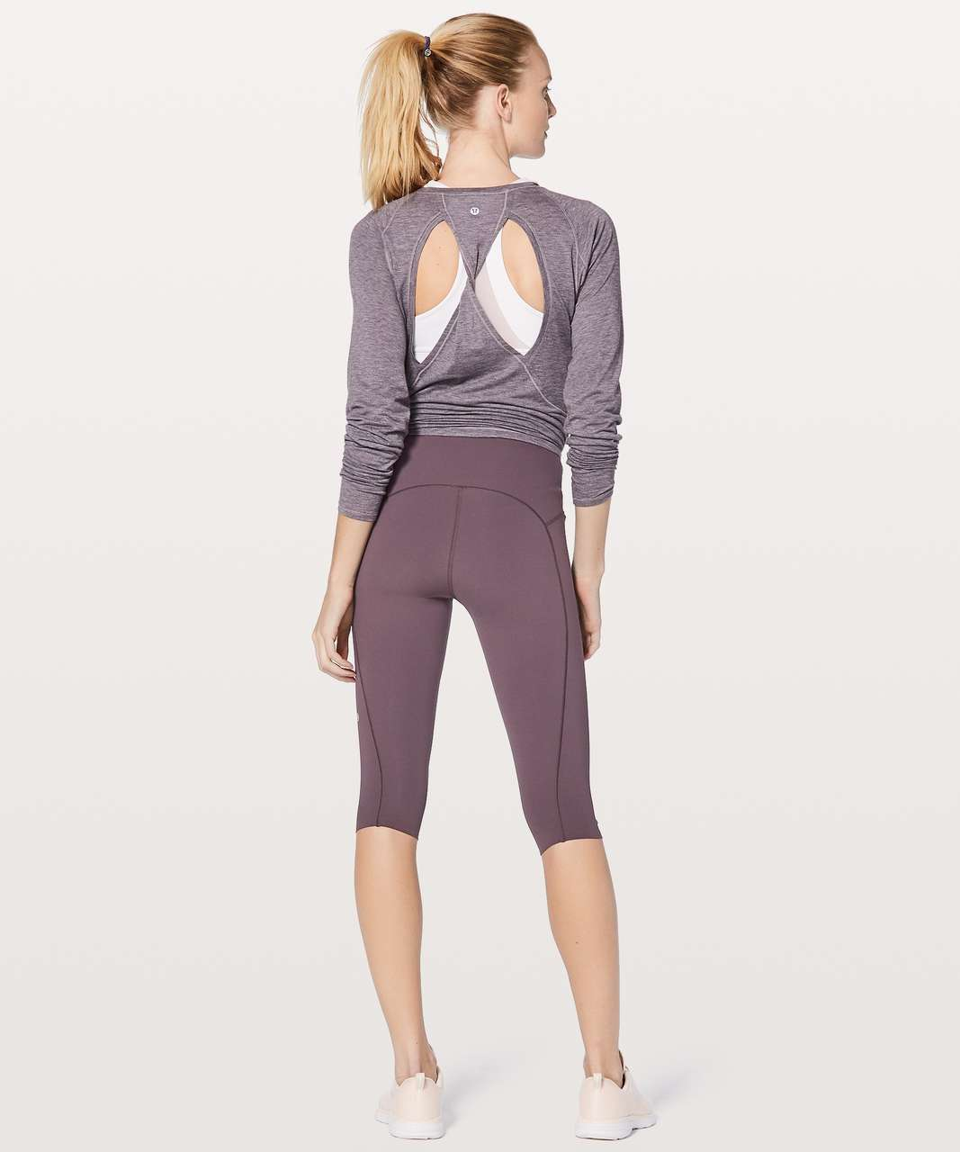 "Lululemon Stop Drop & Squat Crop 17"" - Black Currant"