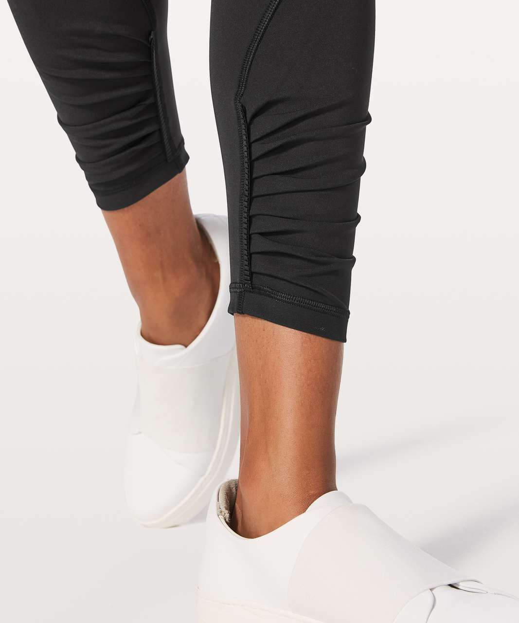 "Lululemon Play Off The Pleats Tight *25"" - Black"