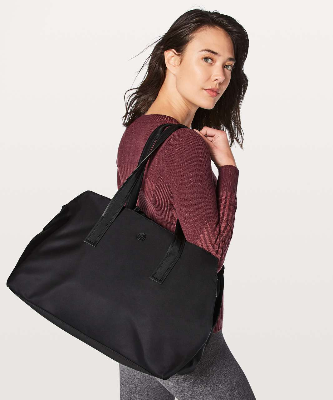 Lululemon Go Getter Bag *Heatproof Pocket 26L - Black