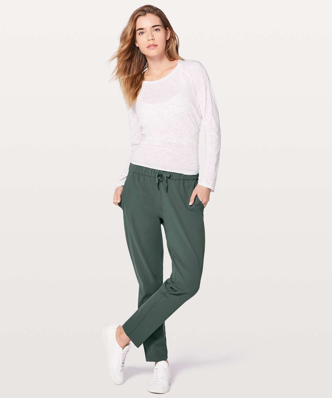 "Lululemon On The Fly Pant *28"" - Dark Forest"
